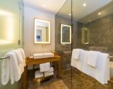 14-seaglass_bedroom-2-bath-800x534
