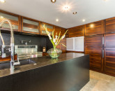16-villa-luana_kitchen2