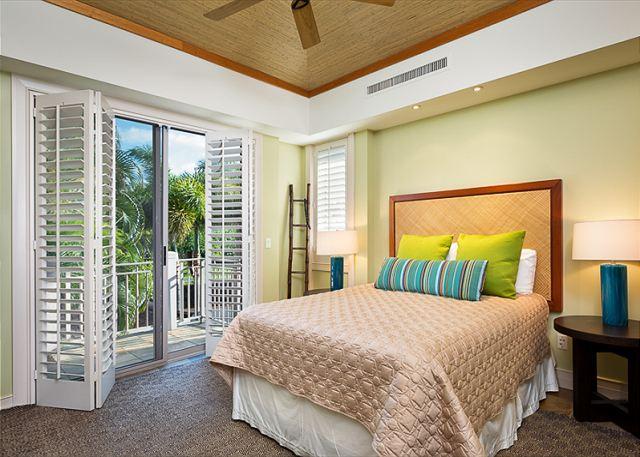 17-palm-villa-130a_guest-room