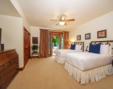 18-castaway-cove-c201_bedroom3-twins-800x533