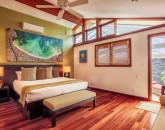 21-kai-nani_bedroom-king2