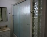 27-mahina_bath2-bldg-1-800x595
