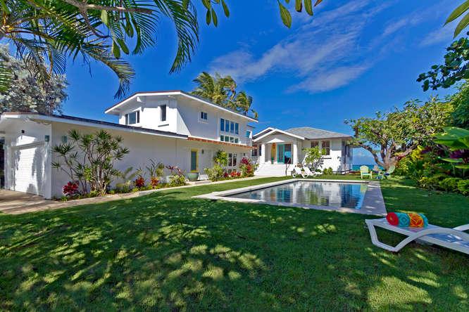 3-palm-villa_pool