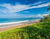 3-seaglass_beach-800x534