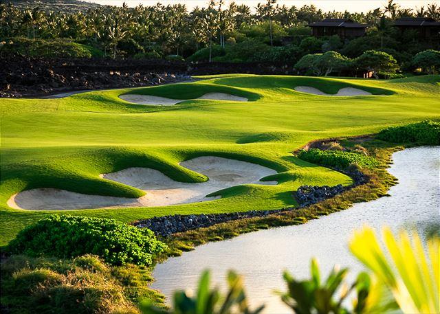 8-waiulu-villa-137d_golf-view3