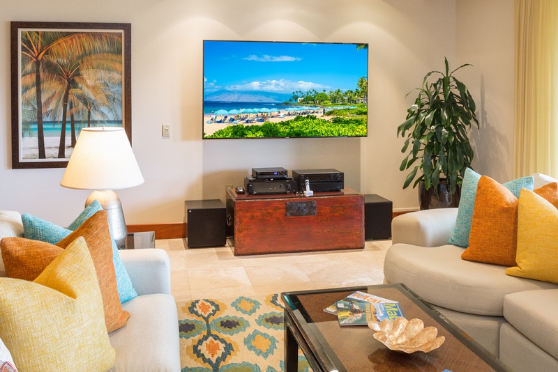 9-castaway-cove-c201_great-room-entertainment-800x534