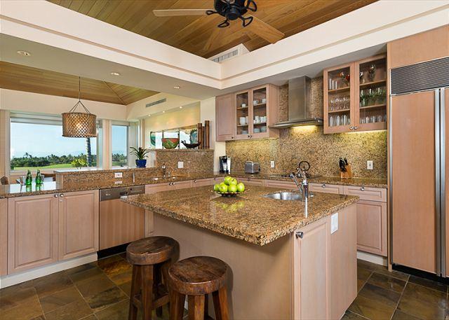 9-palm-villa-130a_kitchen