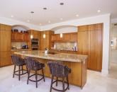 azureazulwaileabeachvillas_kitchen1-800x534