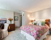villa-luana_bedroom-flower