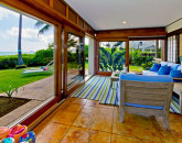 11-hawaiian-charm_lanai-view
