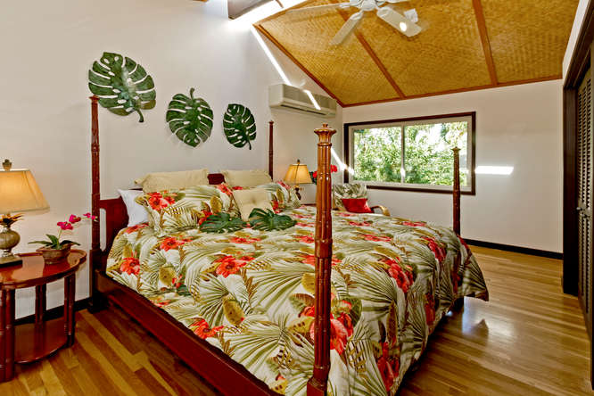 20-hawaiian-charm_bedroom-br2-upstairs