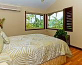 21-hawaiian-charm_bedroom-br3-upstairs