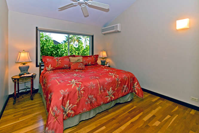 22-hawaiian-charm_bedroom-br4-upstairs