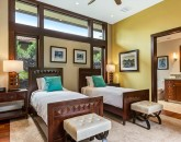 22-hualalai-contemporary_guest-room5-twins