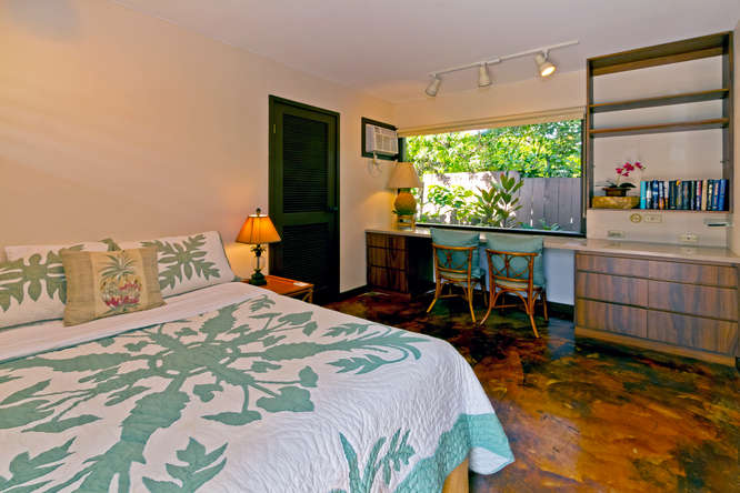 23-hawaiian-charm_bedroom-br5-downstairs