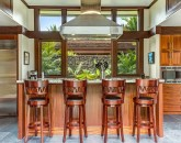 9-1-hualalai-contemporary_kitchen-counter