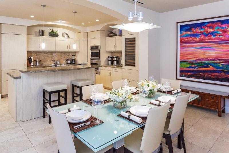 10-aqualani_dining-to-kitchen-3-800x534