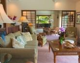10-ocean-pool-hale_living-room_600x800