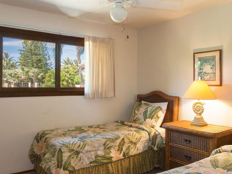 17-ocean-pool-hale_bedroom-3_600x800