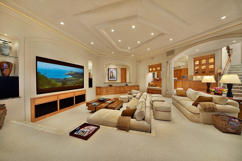 29-shambala-estate_sunken-living-room-with-media-and-sound-800x533