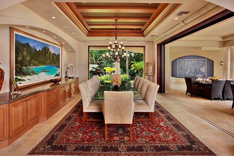 39-shambala-estate_dining-pocket-doors-open-to-lanai-800x533