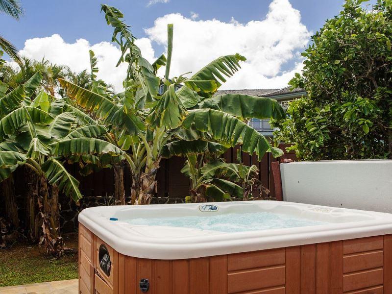 4-1-ocean-pool-hale_hot-tub2_600x800
