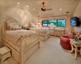 55-shambala-estate_guest-suite-4-2-twins-or-1-king-3rd-trundle-twin-mtn-view-hd-lcd-tv-ipod-dock-safe-800x573