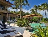 7-shambala-estate_pool-deck-lounges-for-12-view-800x533