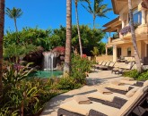 8-shambala-estate_pool-deck-lounges-800x533