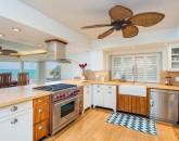 19-peaceful-ocean_kitchen