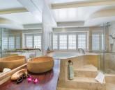 26-peaceful-ocean_master-bath-2