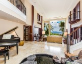 11-1-hawaii-kai-ov_living-room