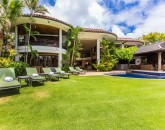 2-hawaii-kai-ov_exterior-from-yard