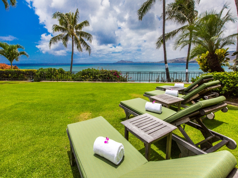 3-hawaii-kai-ov_lounge-oceanview