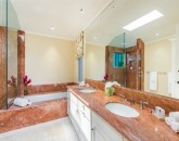34-hawaii-kai-ov_guest-bath-3