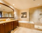 20-regalmandalay_master-bath-800x534