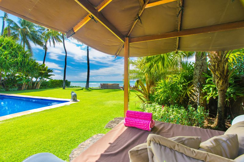 10-paradise-villa_pool3