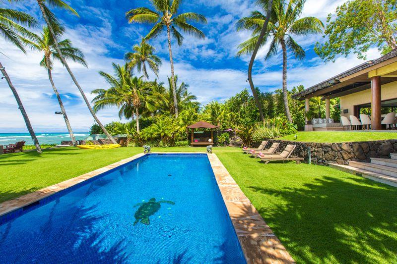 2-paradise-villa_pool