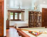 31-paradise-villa_bonus-room-partial-guest-room-2-twin-or-1-queen