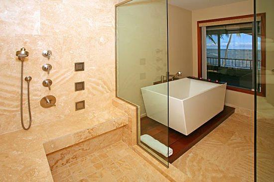 13-aina-koa_bathroom_upper3_lg