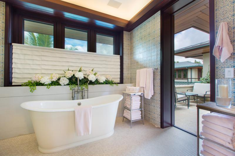 14-essence-of-kailua_master-bath