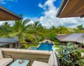 16-essence-of-kailua_master-bath-lanai