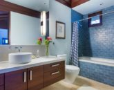 18-essence-of-kailua_guest-bath1
