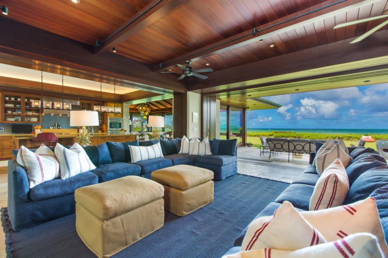 7-4-essence-of-kailua_living-tv-room