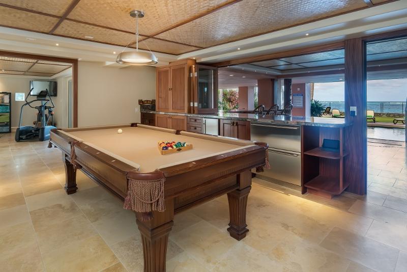 14-hawaiian-estate_billiards2_dsc09077-800x534