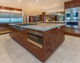 28-hawaiian-estate_kitchen-island_41543-kalanianaole-hwy-print-023-87-21-2700x1802-300dpi-800x534
