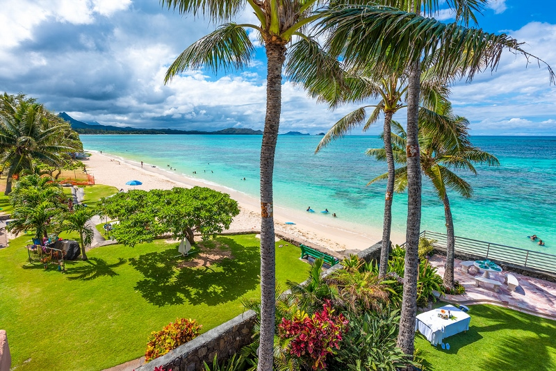 5-hawaiian-estate_3rd-floor-view-west1-800x534