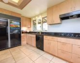 13-serenity-villa_kitchen2-800x534