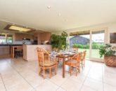 14-serenity-villa_dining-kitchen-800x534