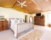 21-serenity-villa_master-bedroom2-800x534